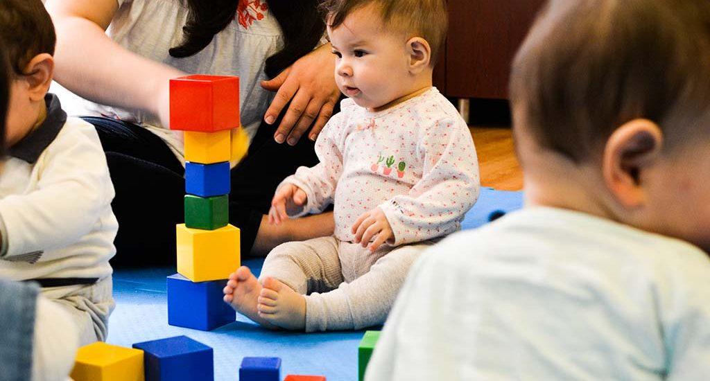 کارگاه بازی مادر و کودک