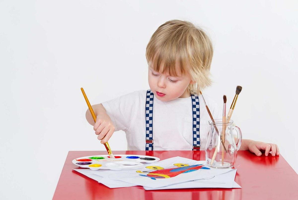 کاردستی-و-نقاشی-با-کودکان-2-تا-3-سال