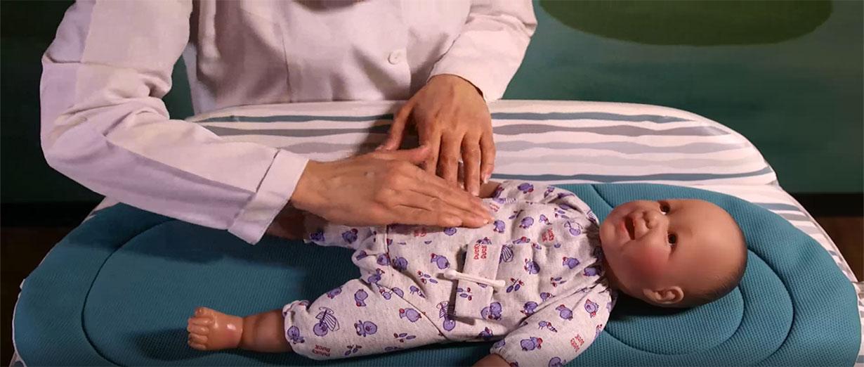 آموزش تکنیک های ماساژ نوزاد